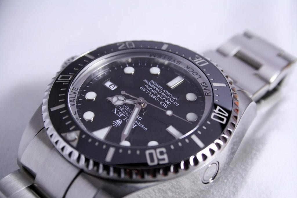 There are a lot of options to sell your watch, but by working with an online watch buyer, you increase your chances of getting a high price.